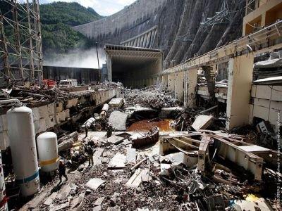 Суд изучит 1213 томов дела руководителей Саяно-Шушенской ГЭС, обвиняемых в гибели 75 человек