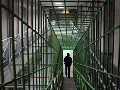 Водитель, не оплативший штраф за неправильную парковку в 3000 руб., арестован на 5 суток