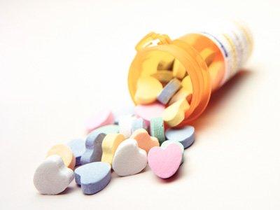 Антимонопольщики просят Медведева увеличить регулируемые цены на самые дешевые лекарства