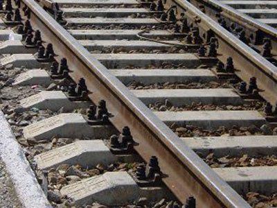 Чиновник ФСИН, за 1 млн руб. разобравший, чтобы сдать в лом, 50 км железной дороги, получил 7 лет условно