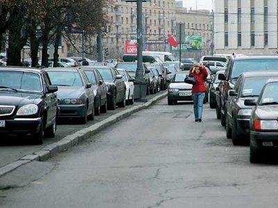 В Москве станет проще получить землю под частную парковку