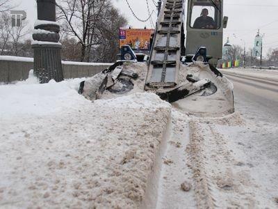 ФАС раскрыла сговор на торгах по уборке снега в Москве на 322,6 млн руб.