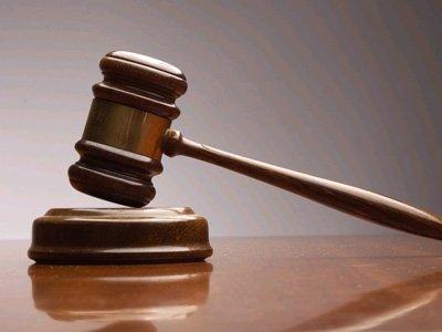 Осужден замдиректора школы, душивший ученика, высказавшего ему претензии