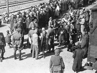 Глава МИД Польши обвинил США в бездействии во время Холокоста