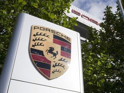 Дочь погибшего в автокатастрофе американского актера подала иск к компании Porsche