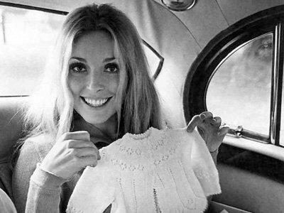 Шерон Тейт (англ. Sharon Tate) - жена режиссера Полански принадлежала к