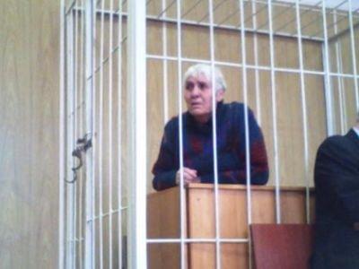 77-летнюю бабушку, удерживаемую в СИЗО, увезли из суда в больницу