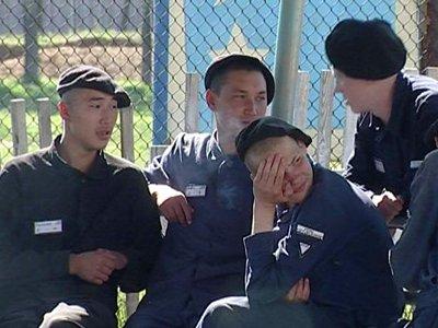 """ФСИН решила оградить юных преступников от """"тюремной субкультуры"""", присущей взрослым осужденным"""
