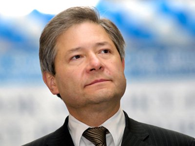 Бывший министр связи проиграл в суде Forbes