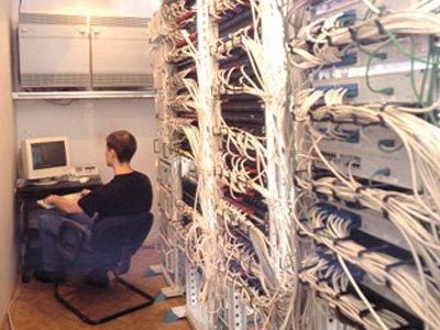 Осужден программист, после увольнения залезший на сервер бывшего работодателя за личными фото
