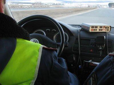 Столичная полиция проверяет инспектора ГИБДД, протаранившего своим Mercedes восемь машин