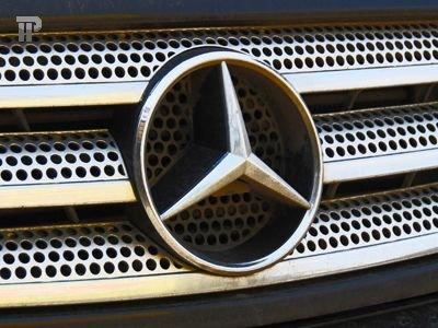 В США на Mercedes-Benz подали в суд из-за выхлопных газов