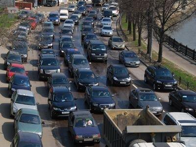 """Юристы оспорят в Верховном суде положения ПДД об """"опасном вождении"""""""