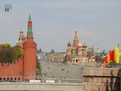 24 года назад ВС СССР вернул Вишневской и Ростроповичу советское гражданство, о котором они не просили