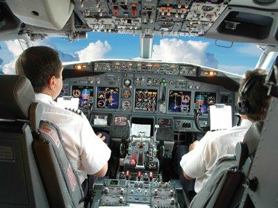 СКР проверяет перелет вТурцию дочери главы авиакомпании вкабине пилотов