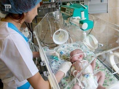 Минтруд готов поощрять женщин, родивших двоих детей до 30 лет
