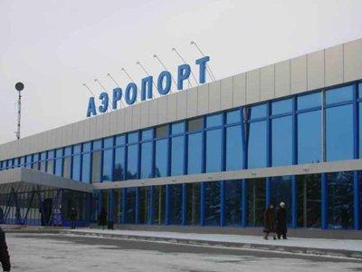 """Приставы арестовали три аэропорта компании """"Томск Авиа"""" за долги в 200 млн руб."""
