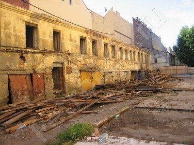 Директор базы, снесшая памятник истории и культуры для строительства отеля, отделалась штрафом 35 000 руб.