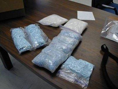 Возбуждено еще 9 дел на замглавы УФСКН и его подчиненных, подбрасывавших наркотики
