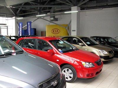 ВС просят обязать автосалоны выдавать подменные автомобили на время ремонта