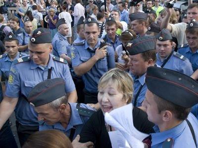 СКР выяснил точку зрения 300 полицейских на разгон демонстрации на Болотной