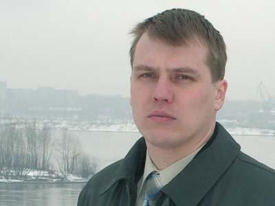 Михаил Поздняков считает, что в России центр тяжести законодательной деятельности со временем заметно смещается на сам процесс — при определенном безразличии к его результатам