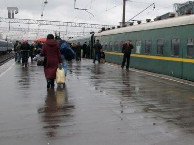 Судят проводника поезда, у которого провожающие убивались, выпрыгивая из вагона на ходу