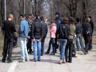 Женщина отсудила 90 000 руб. у родителей школьниц, избивших ее дочь-семиклассницу