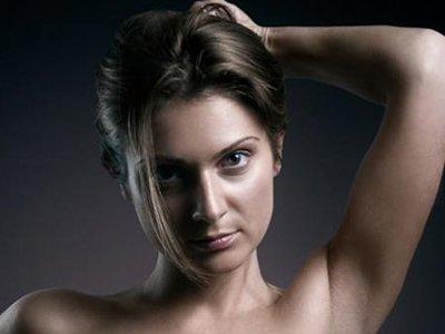 По решению суда мужчина выплатит 100 000 руб. бывшей жене за рассылку ее эротических фото