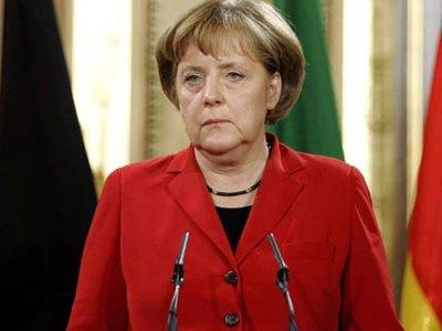 Меркель и Олланд высказались за продление антироссийских санкций