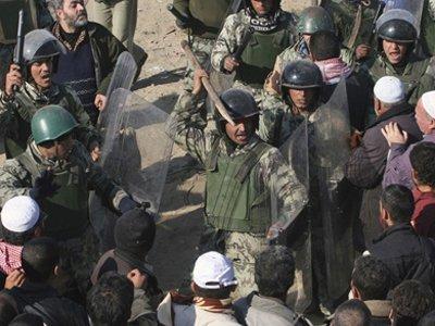 В Египте добровольцы заменили полицию в борьбе с мародерами