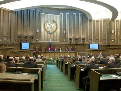 ФПА прокомментировала акт ВС по делам о нарушениях ПДД и угонах
