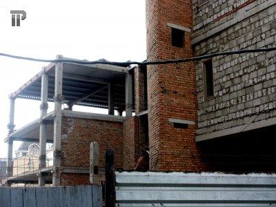 Власти Москвы готовят иски о приостановке деятельности нескольких застройщиков