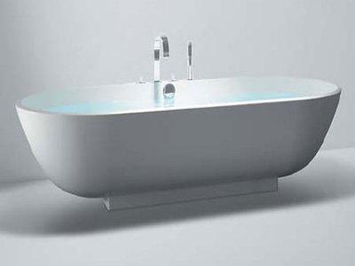Покупательница ванны, не подошедшей ей по размеру, отсудила у продавца 65500 руб.