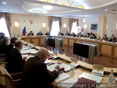 Председатель-самодур, несудебный подход и опять о фаворитизме в суде – ВККС рассмотрела жалобы судей