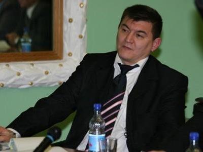 Замминистра печати осужден за участие в управлении издательским домом