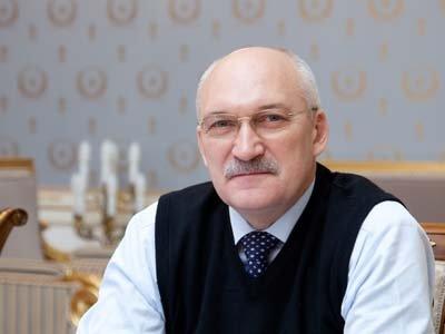 Путин представил для назначения зампредом КС профессора трудового права Сергея Маврина