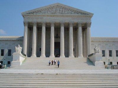Верховный суд США обязал журналиста свидетельствовать против своего источника в ЦРУ