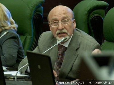 Судья Анатолий Бабкин уверен, что суд должен занимать активную позицию и сам выяснять, беспристрастен ли коммерческий арбитраж
