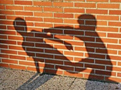 Полицейских сурово наказали задраку с дамой наотдыхе