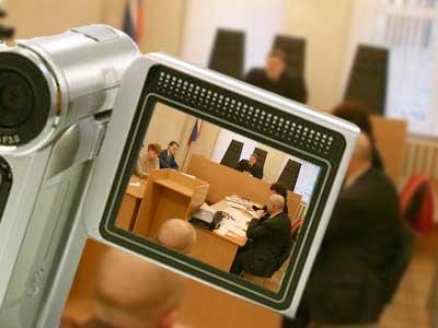 Возбуждено дело на арестанта, оскорбившего по видеосвязи из СИЗО судью, прокурора, адвоката и секретаря