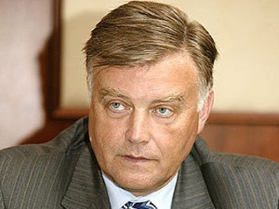 Глава РЖД Владимир Якунин жаловался на претензии ФАС премьеру Дмитрию Медведеву
