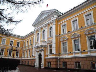 Нижегородский облсуд, где нашли труп, работает в обычном режиме - пресс-служба