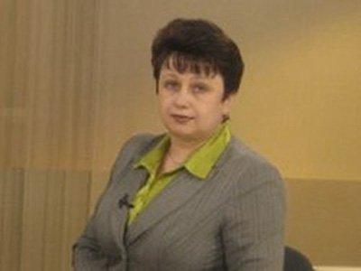 Главе налоговой службы Хакасии, задержанной за взятку от ювелира, второй раз смягчили меру пресечения