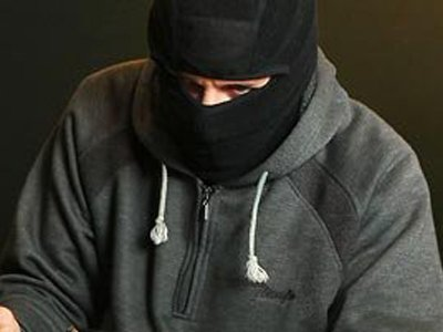 64-летнему юристу из США предъявлены обвинения в ограблении банка и покушении на полицейского