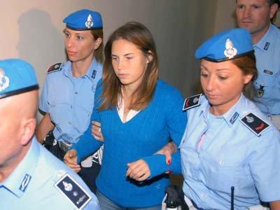 Обвинение в итальянском суде запросило 30 лет тюрьмы для Аманды Нокс, обвиняемой в убийстве соседки