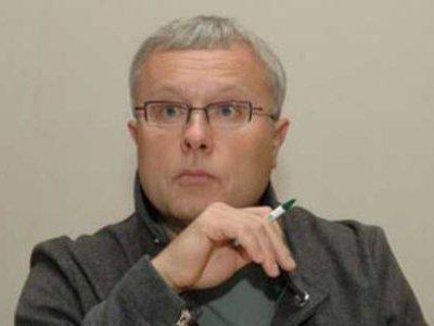 Александр Лебедев может стать дворником, грузчиком или санитаром