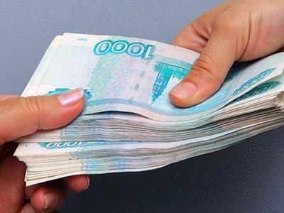 Суд избавил от уплаты основного долга заемщицу, с которой кредитор регулярно взыскивал лишь проценты
