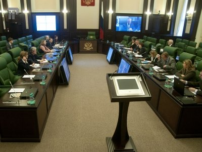 ВАС разъяснил наложение ареста на средства должника в размере, определяемом по курсу иностранной валюты