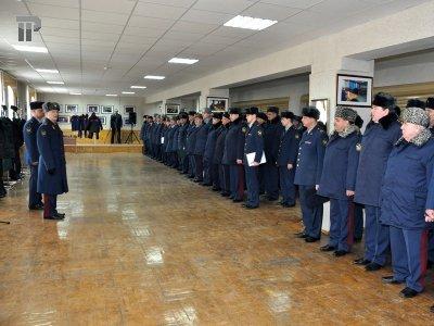 Минюст определился с окладами для сотрудников ФСИН: директор – 42 000 руб., юрисконсульт – до 24 000 руб.